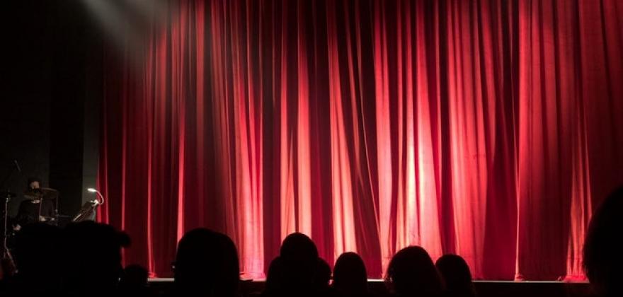 rideau de théâtre